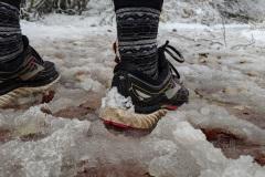 Camino-day-2-shoes-in-slush