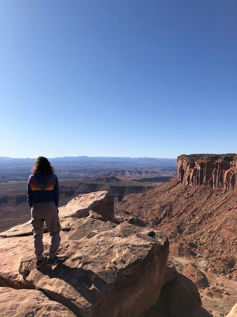Canyonlands-Michele-looking-at-Mesa
