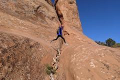 Arches-Jaida-jumps-crevass