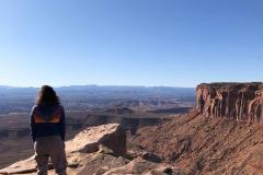 Canyonlands-Michele-looking-at-Mesa